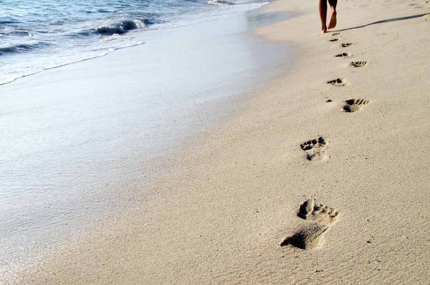 emotional-footprint_footprints-on-beach-sand_image2.jpg