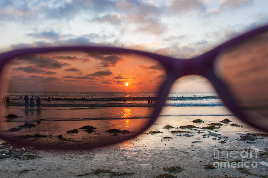looking-at-life-through-rose-colored-glasses-sonny-marcyan
