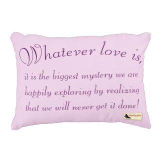 inspirational_pillow_love-rbe6ba09881724084a673b84ed93c0572_z6i0f_324