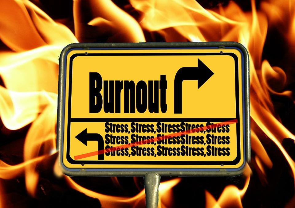burnout-244380_960_720.jpg