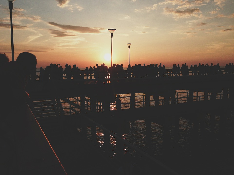 sunset-691910_960_720.jpg